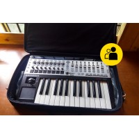 Novation 25SL Mk2 with Magma bag (Pre-Owned)